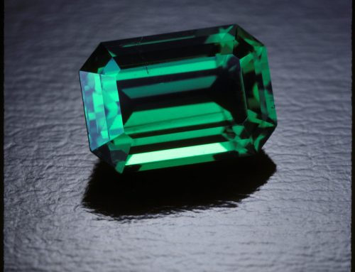 Go green with ethical emerald rings for National Parks Week